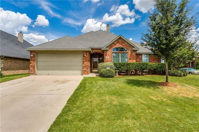 300 Hudson Lane, Burleson, TX 76028 (MLS #14169955) :: Kimberly Davis & Associates