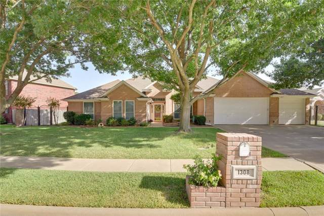 1308 Waterwood Drive, Mansfield, TX 76063 (MLS #14170347) :: The Mitchell Group