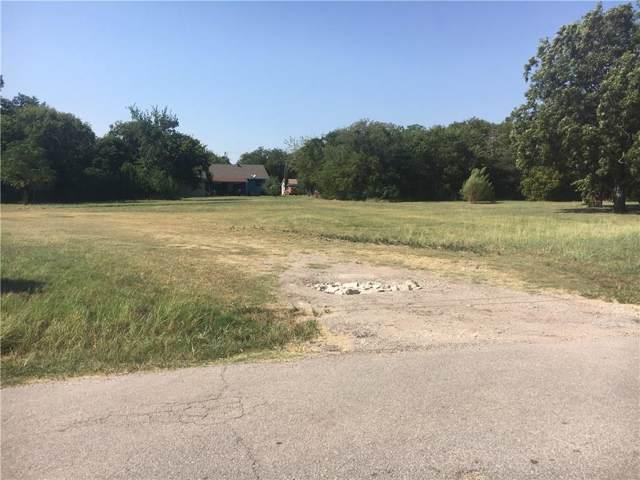 1016 W Crockett Street, Ennis, TX 75119 (MLS #14171850) :: Vibrant Real Estate