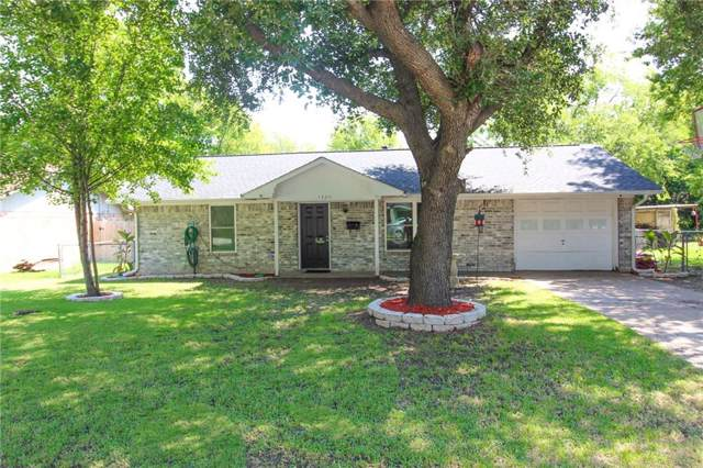 1305 S Clay Street, Kaufman, TX 75142 (MLS #14171871) :: The Real Estate Station