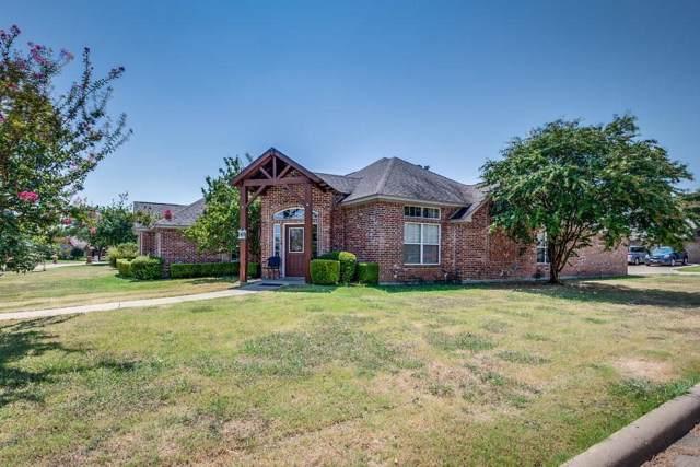 200 Sendero Drive, Waxahachie, TX 75165 (MLS #14172542) :: All Cities Realty
