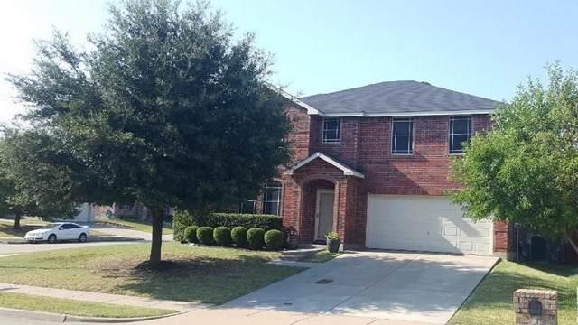 2152 W Grove Lane, Grand Prairie, TX 75052 (MLS #14172982) :: The Tierny Jordan Network