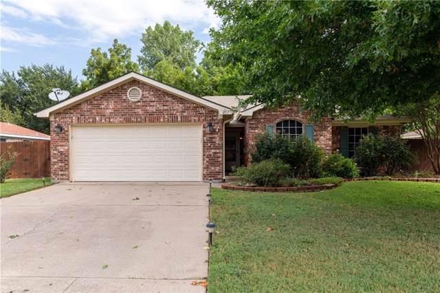 217 King Arthur Drive, Weatherford, TX 76086 (MLS #14173276) :: Frankie Arthur Real Estate