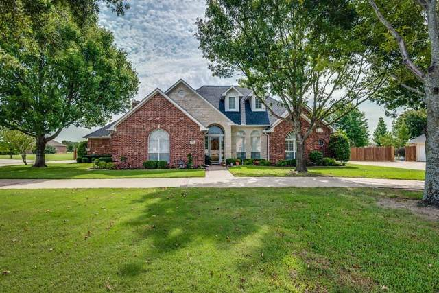 218 Spring Grove Drive, Waxahachie, TX 75165 (MLS #14173628) :: All Cities Realty
