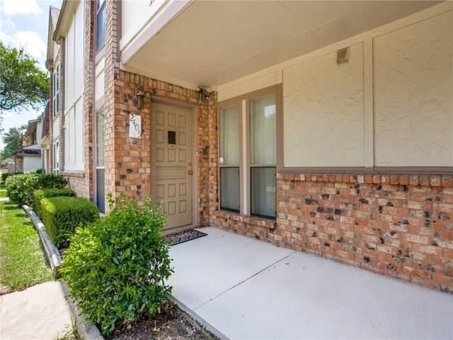 2405 Long Ridge Lane, Arlington, TX 76014 (MLS #14174111) :: RE/MAX Town & Country