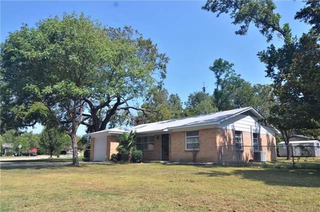 8810 Boundbrook Avenue, Dallas, TX 75243 (MLS #14174138) :: Tenesha Lusk Realty Group