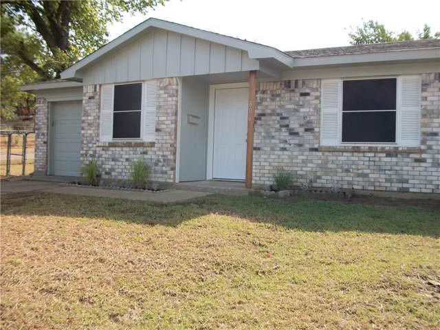806 Gallant Fox Drive, Dallas, TX 75211 (MLS #14175514) :: Kimberly Davis & Associates