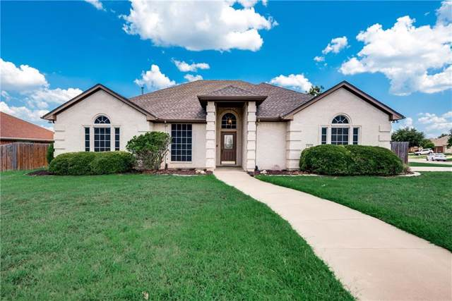 1413 Chaucer Drive, Cleburne, TX 76033 (MLS #14175803) :: Potts Realty Group