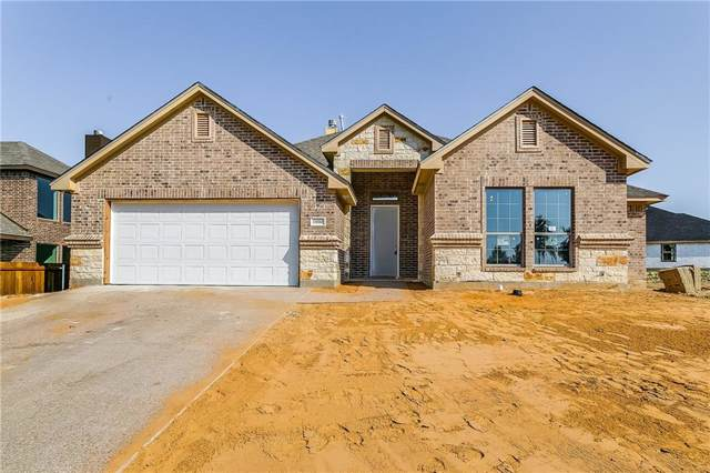 11004 Trail Ridge Drive, Benbrook, TX 76126 (MLS #14177732) :: Potts Realty Group