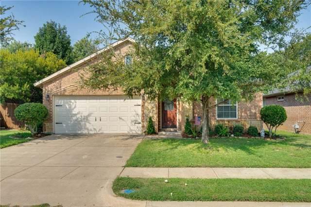 621 Grayson Lane, Lake Dallas, TX 75065 (MLS #14178723) :: SubZero Realty