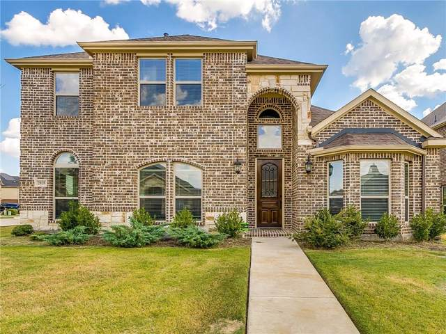 2819 Sendero, Grand Prairie, TX 75054 (MLS #14178774) :: The Tierny Jordan Network