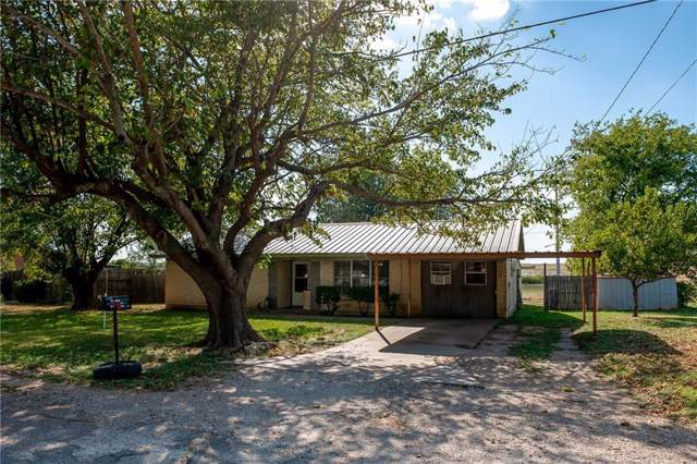 1100 S 1st Avenue, Grandview, TX 76050 (MLS #14179034) :: Potts Realty Group