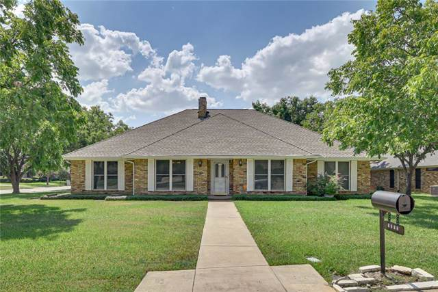 1212 Fairfax Drive, Mansfield, TX 76063 (MLS #14179558) :: The Real Estate Station