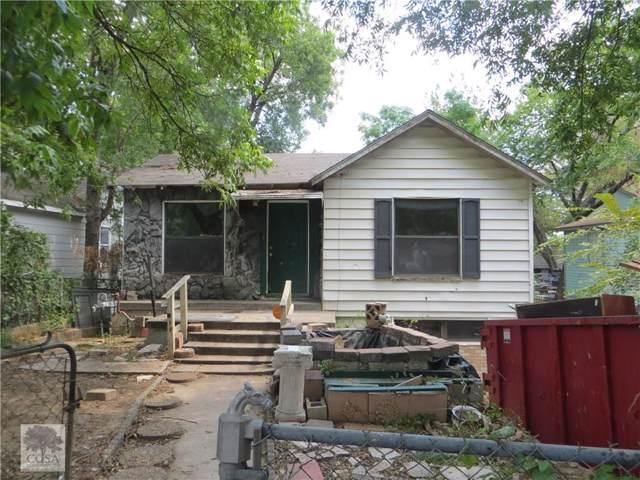612 Phinney Avenue, Cockrell Hill, TX 75211 (MLS #14179705) :: Kimberly Davis & Associates
