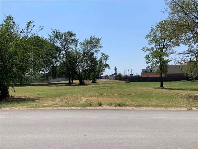 5612 Lamar, Watauga, TX 76148 (MLS #14179731) :: Tenesha Lusk Realty Group