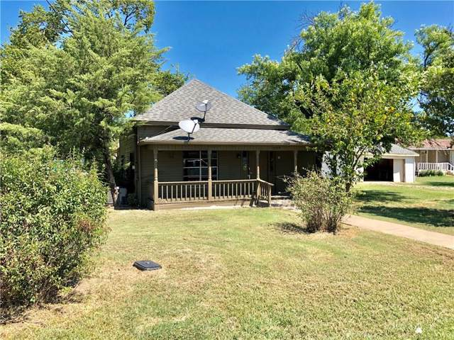 406 W Oak Street, Gunter, TX 75058 (MLS #14180310) :: The Chad Smith Team