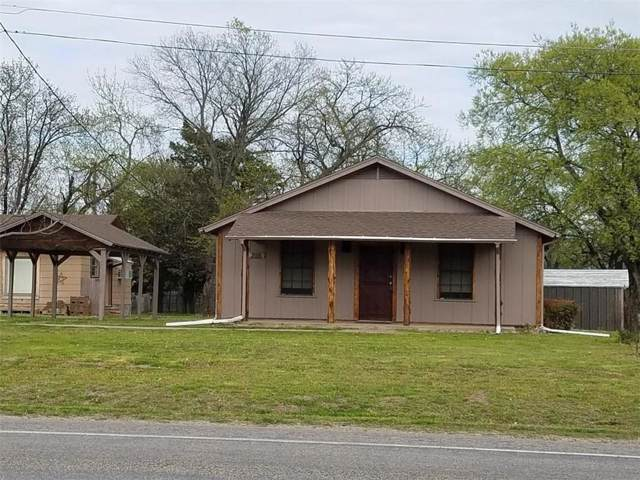 205 S Ray Roberts Parkway, Tioga, TX 76271 (MLS #14180321) :: The Chad Smith Team