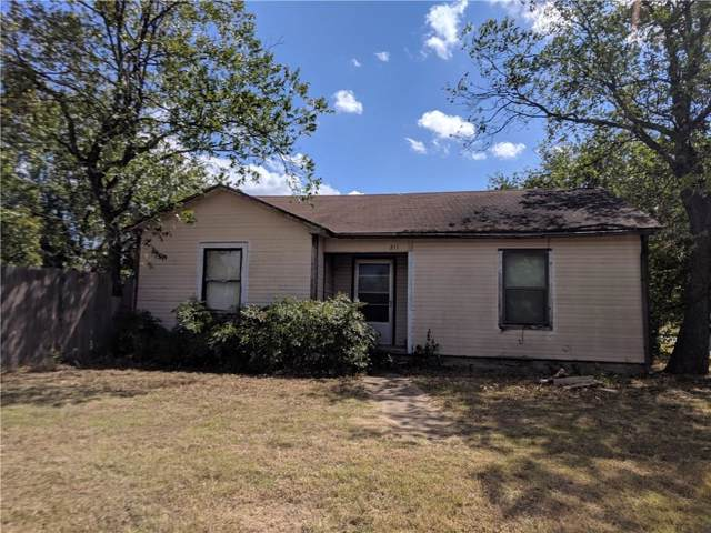 211 W Travis Street, Gordon, TX 76453 (MLS #14180354) :: RE/MAX Town & Country