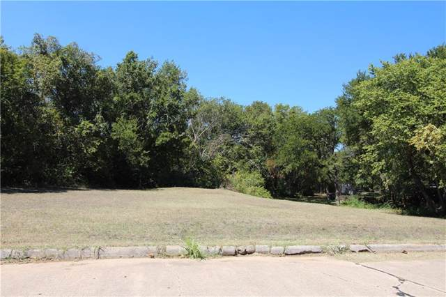 101 Oakridge Trail, Kennedale, TX 76060 (MLS #14180491) :: The Hornburg Real Estate Group