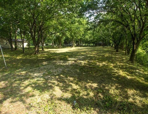 000 Collin Street, Nevada, TX 75173 (MLS #14180540) :: Baldree Home Team