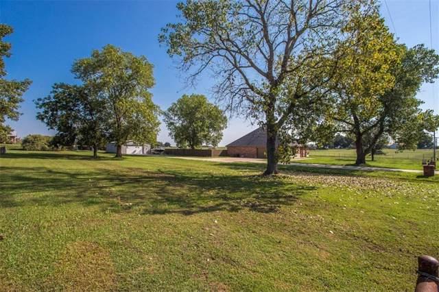 755 Bones Chapel Road, Whitesboro, TX 76273 (MLS #14180577) :: Roberts Real Estate Group