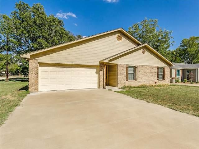 901 Forrest Avenue, Cleburne, TX 76033 (MLS #14180959) :: RE/MAX Landmark