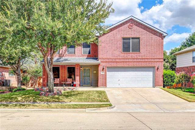 721 Eagle Drive, Saginaw, TX 76131 (MLS #14180966) :: RE/MAX Town & Country