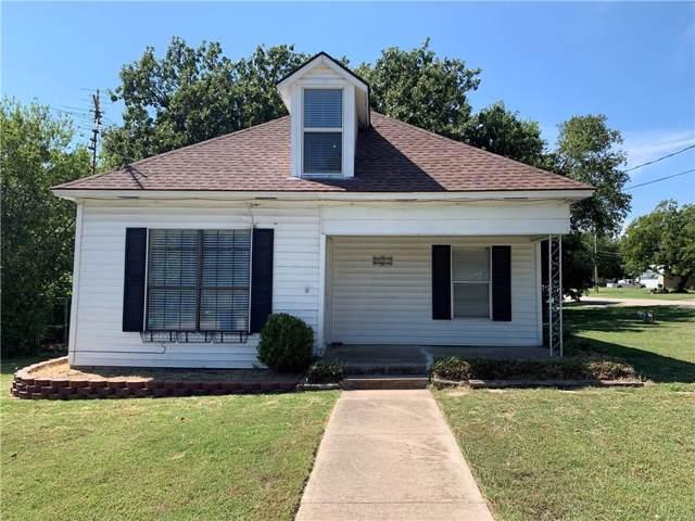 401 W Britton Street, Krum, TX 76249 (MLS #14181096) :: The Heyl Group at Keller Williams