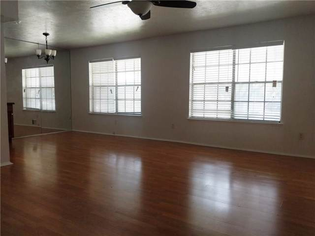 8057 Meadow Road #203, Dallas, TX 75231 (MLS #14181421) :: Frankie Arthur Real Estate