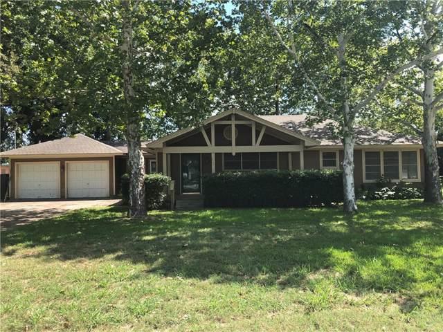 112 Line Drive, Gainesville, TX 76240 (MLS #14181975) :: Kimberly Davis & Associates
