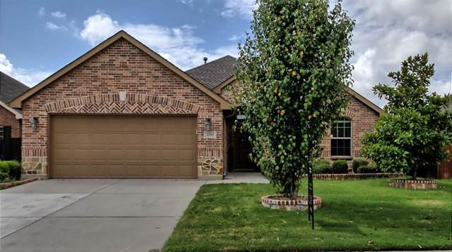 2355 San Augustine Lane, Grand Prairie, TX 75052 (MLS #14182212) :: Van Poole Properties Group