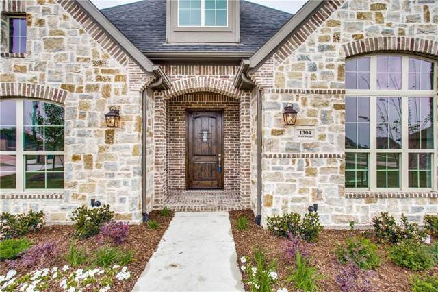 1304 Wolf Ridge Run, Gunter, TX 75058 (MLS #14182334) :: Lynn Wilson with Keller Williams DFW/Southlake