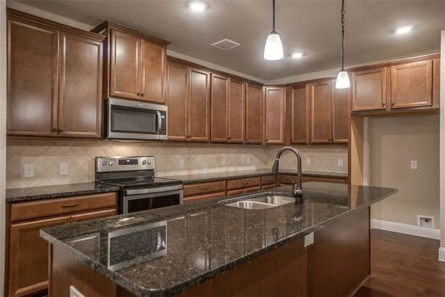 1735 Wittington Place #1208, Farmers Branch, TX 75234 (MLS #14182377) :: The Hornburg Real Estate Group