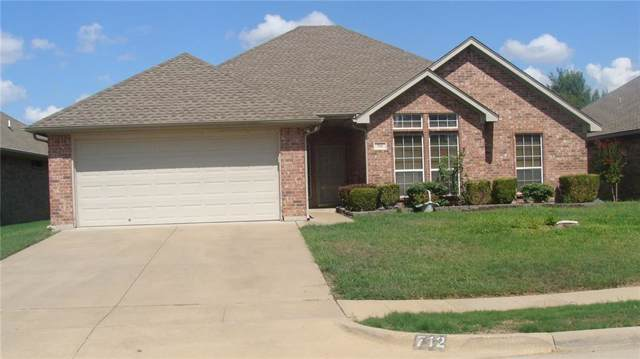 712 Flounder Drive, Burleson, TX 76028 (MLS #14182814) :: The Mitchell Group