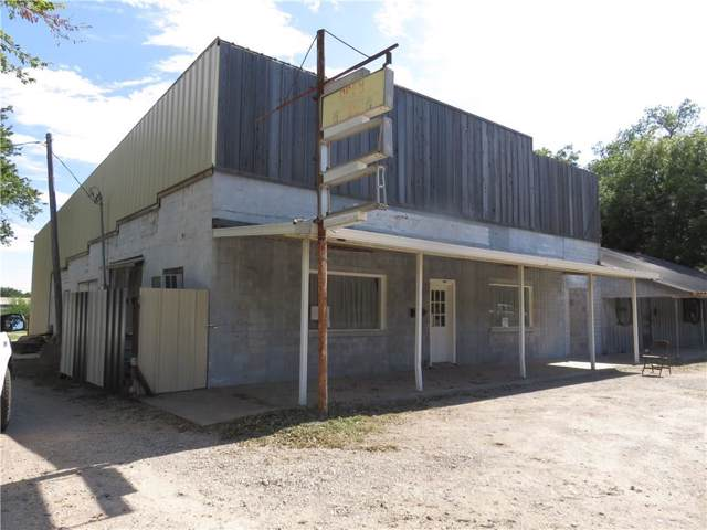 1211 W Hubbard Street, Mineral Wells, TX 76067 (MLS #14183440) :: All Cities USA Realty