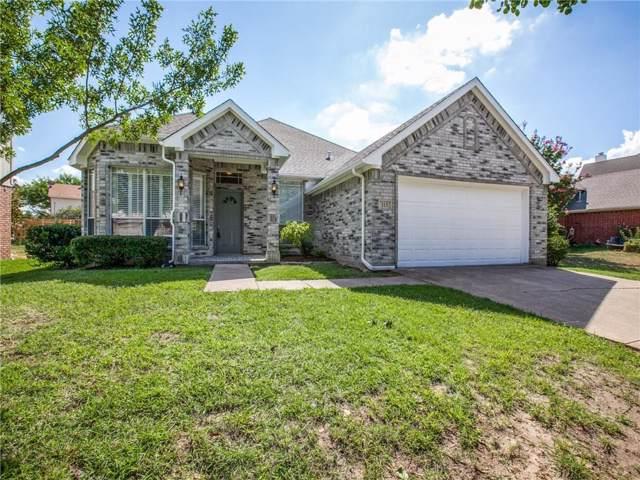 113 Morningside Drive, Grand Prairie, TX 75052 (MLS #14183656) :: The Paula Jones Team | RE/MAX of Abilene