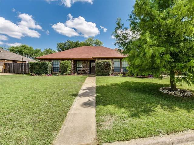 1037 Steven Street, Burleson, TX 76028 (MLS #14183697) :: The Mitchell Group
