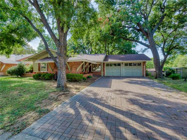 2222 Woodoak Drive, Irving, TX 75060 (MLS #14183838) :: Kimberly Davis & Associates
