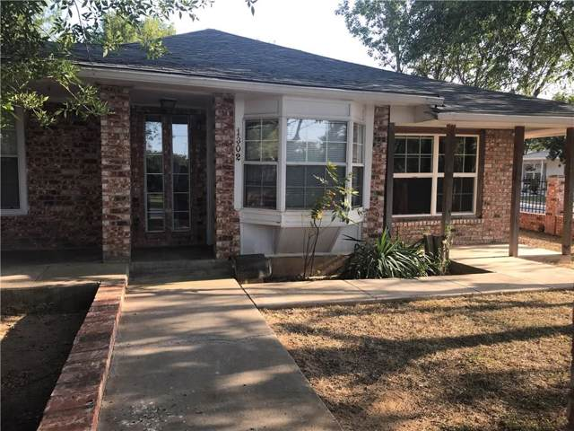 1302 Irvin Street, Bridgeport, TX 76426 (MLS #14183860) :: The Chad Smith Team