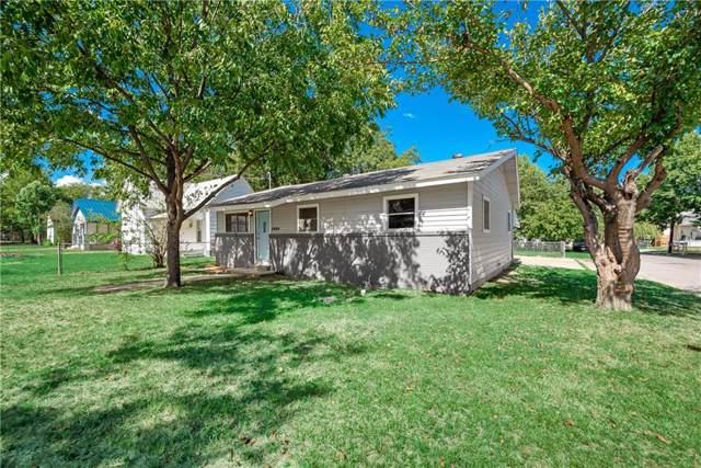 1004 N Robinson Street, Cleburne, TX 76031 (MLS #14184363) :: Potts Realty Group