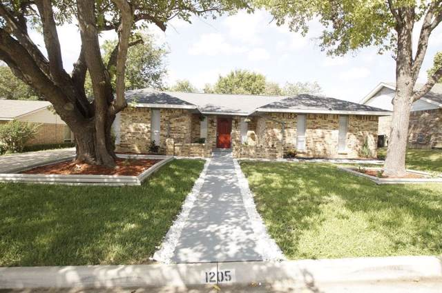 1205 Denmark Drive, Grand Prairie, TX 75050 (MLS #14184450) :: The Heyl Group at Keller Williams