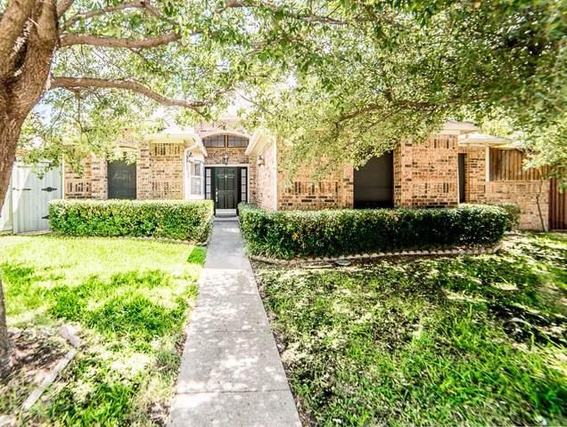 16714 Cleary Circle, Dallas, TX 75248 (MLS #14184795) :: Van Poole Properties Group