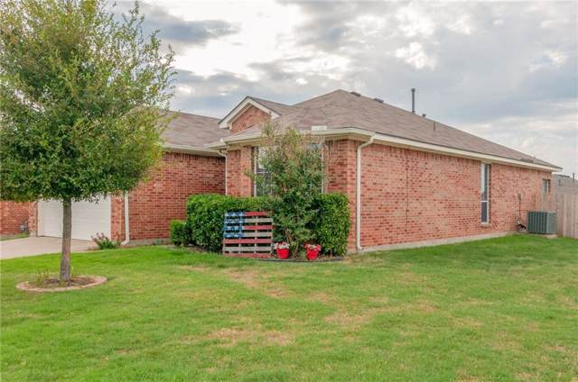 2300 Moccassin Lane, Fort Worth, TX 76177 (MLS #14184849) :: The Heyl Group at Keller Williams