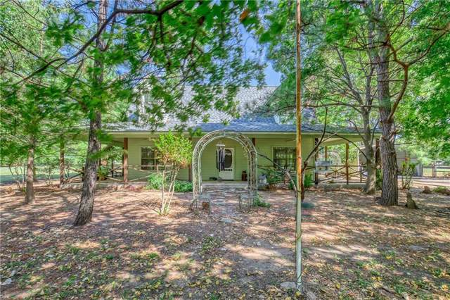320 W Clifton Street, Pilot Point, TX 76258 (MLS #14184867) :: The Heyl Group at Keller Williams