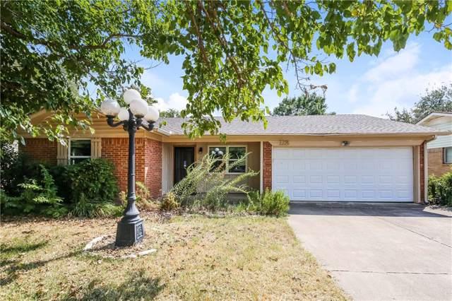112 Donald Drive, Hurst, TX 76053 (MLS #14185011) :: Lynn Wilson with Keller Williams DFW/Southlake