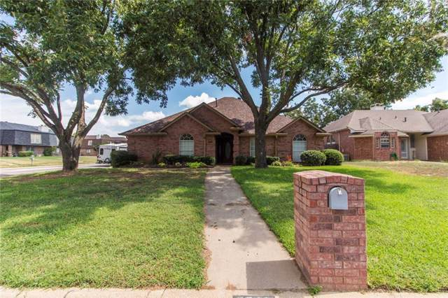 2311 Lovell Court, Arlington, TX 76012 (MLS #14185151) :: Potts Realty Group