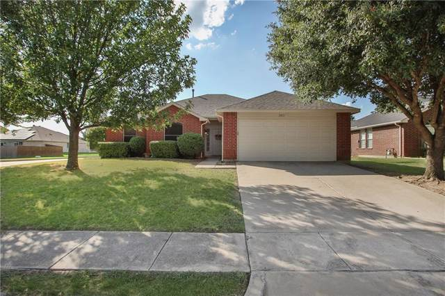 2811 Hollis Drive, Corinth, TX 76210 (MLS #14185222) :: Potts Realty Group