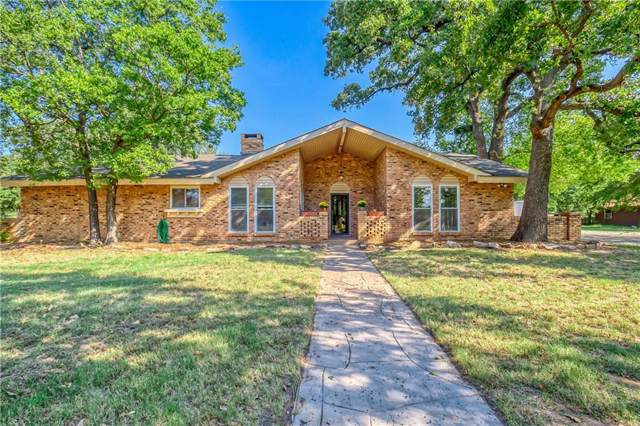 7808 Ileson Road, Aubrey, TX 76227 (MLS #14186005) :: RE/MAX Town & Country
