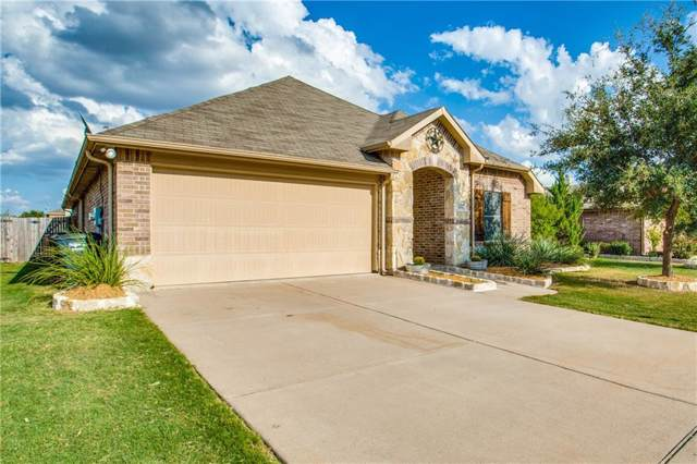 9008 Adler Trail, Fort Worth, TX 76179 (MLS #14186077) :: Kimberly Davis & Associates