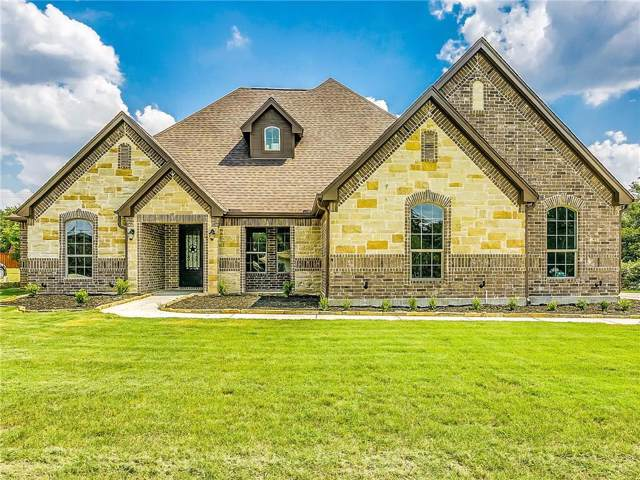 706 Phillips Drive, Azle, TX 76020 (MLS #14186128) :: Kimberly Davis & Associates